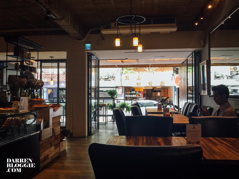 september_cafe_taiwan_taipei-3
