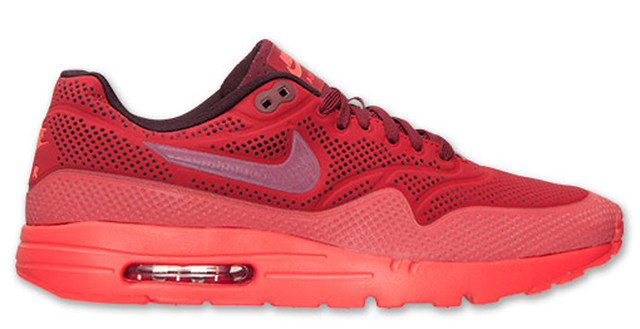 30 Sneakers You Wouldn't Expect to Be on Sale Right Now 20