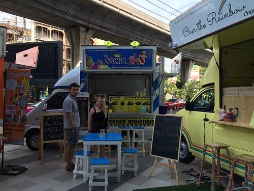 2015-05-01 Food truck BKK (5)