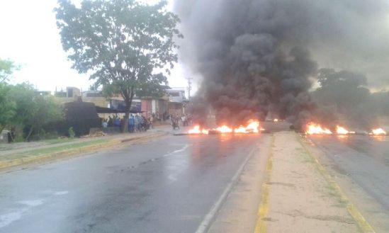 Racionamiento golpean con más fuerza a sectores populares de Ciudad Guayana