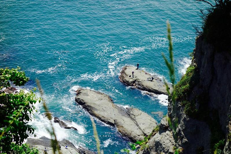江島神社から見下ろす海