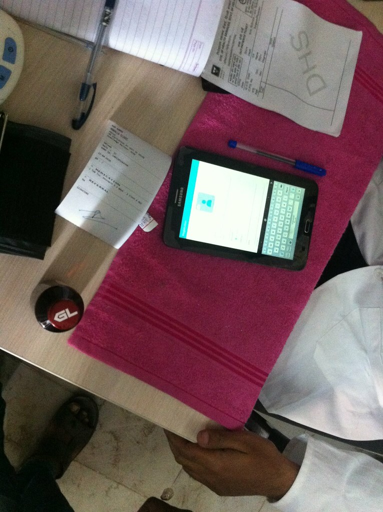 The tablet and prescription that some mohalla clinic doctors are equipped with.
