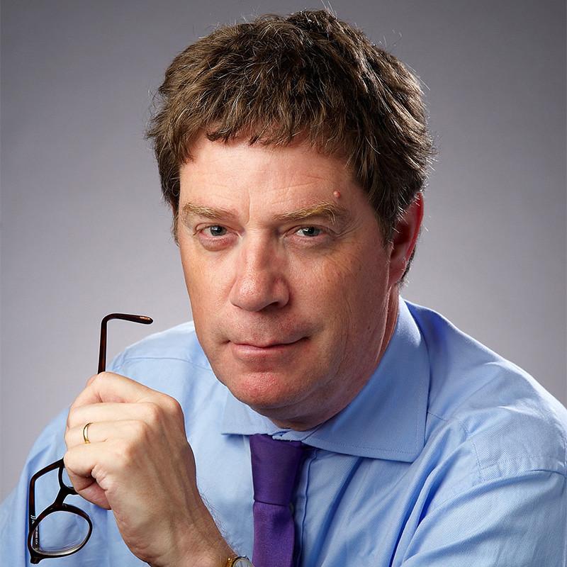 Headshot of Gary Lock