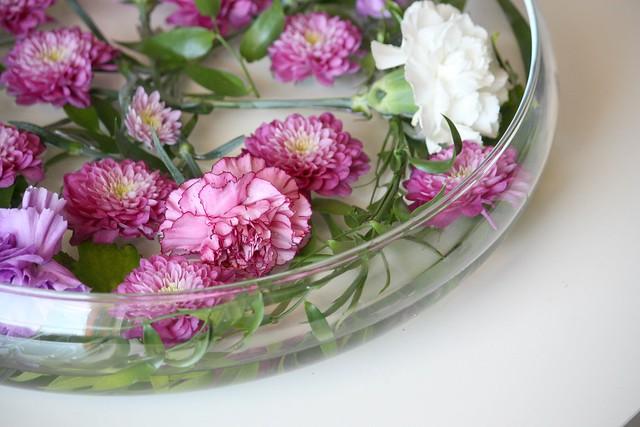 Kukka-asetelma juhliin Kaikki Paketissa