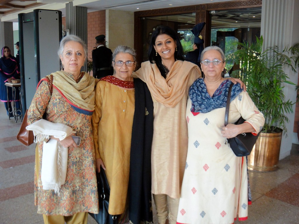 Nandita Das with the daughters of Safia and Saadat Hasan Manto.