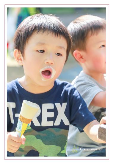 ロケーション撮影 屋外で家族写真撮影会 モリコロパーク 愛知県長久手市 公園 写真館・フォトスタジオとは違う
