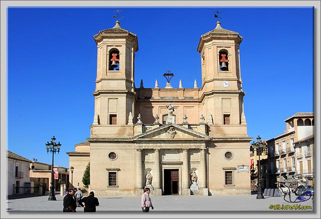2 Santa Fe