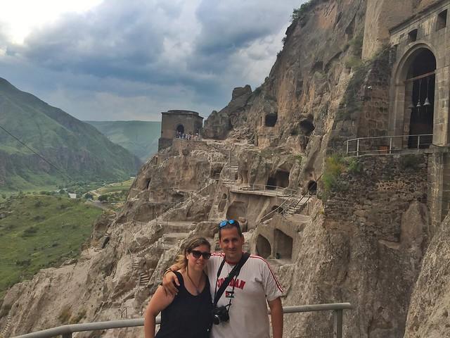 Sele y Rebeca en Vardzia (Georgia)