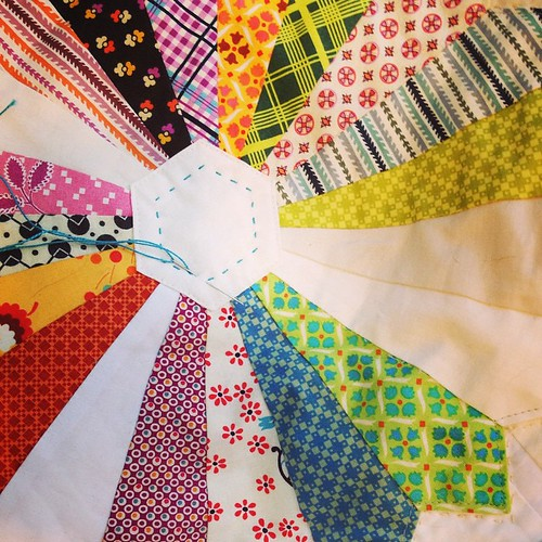 Hand quilting my DS dresden quilt