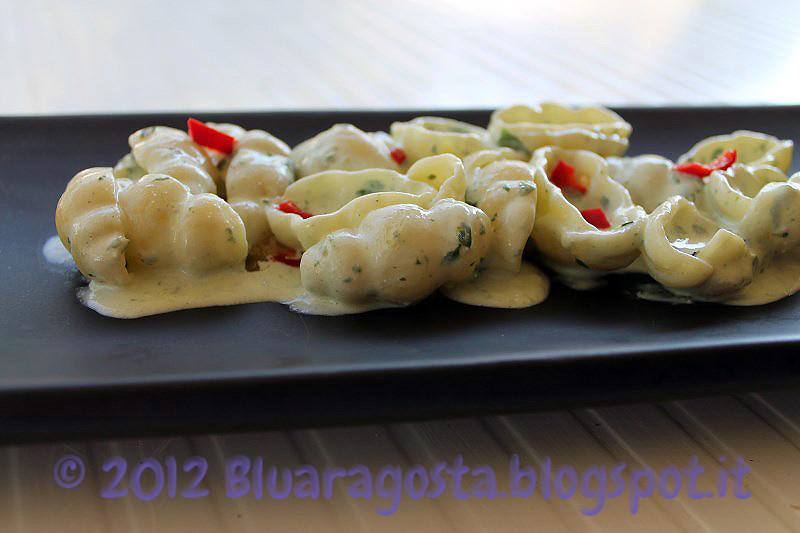 03-pasta con crema di ricotta al basilico
