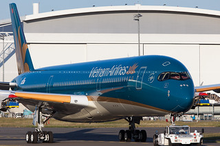 Vietnam Airlines Airbus A350-941 cn 016 F-WZFK // VN-A888