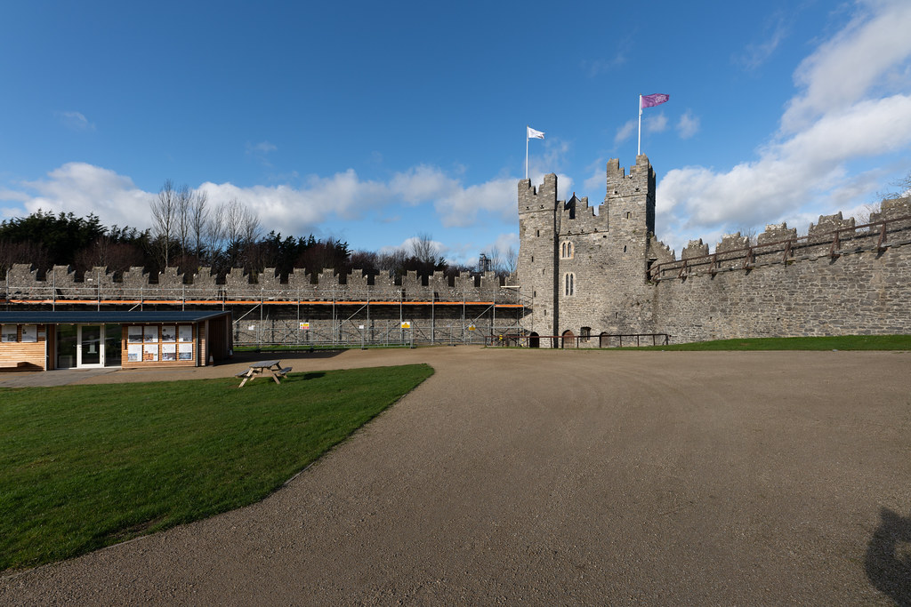 NORMAN CASTLE IN SWORDS 013