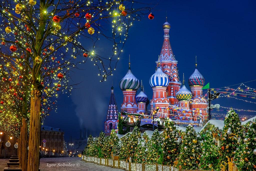 Зимняя ночь на Красной площади
