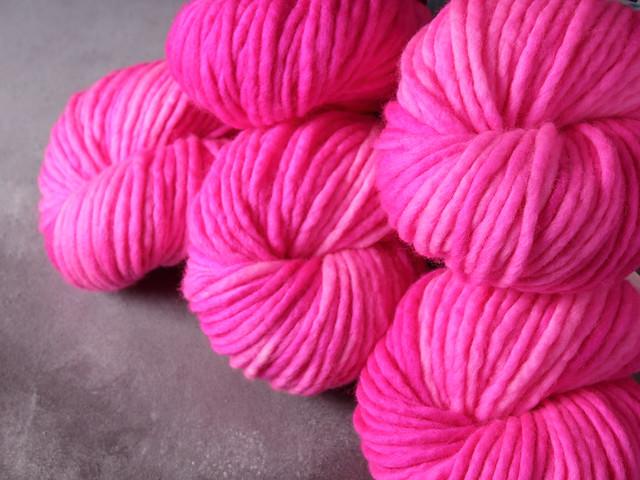 Phlump Merino – super chunky/superbulky pure Merino wool superwash hand-dyed yarn 200g – 'Rock Candy'