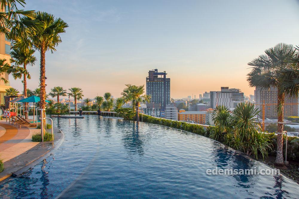 Отель с аквапарком Паттайя