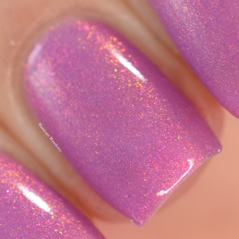 Girly Bits Reveal swatch