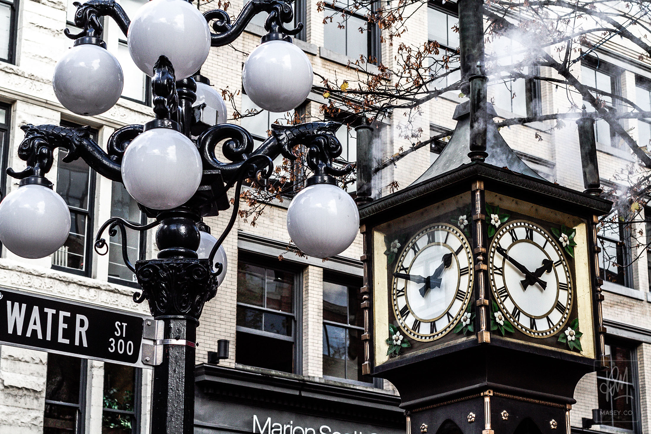 The strangely popular Gastown Steam Clock