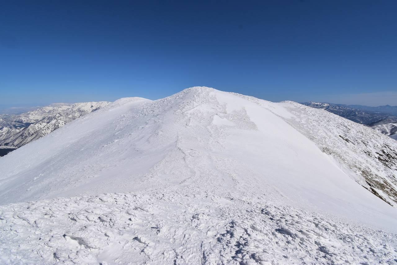 雪の仙ノ倉山