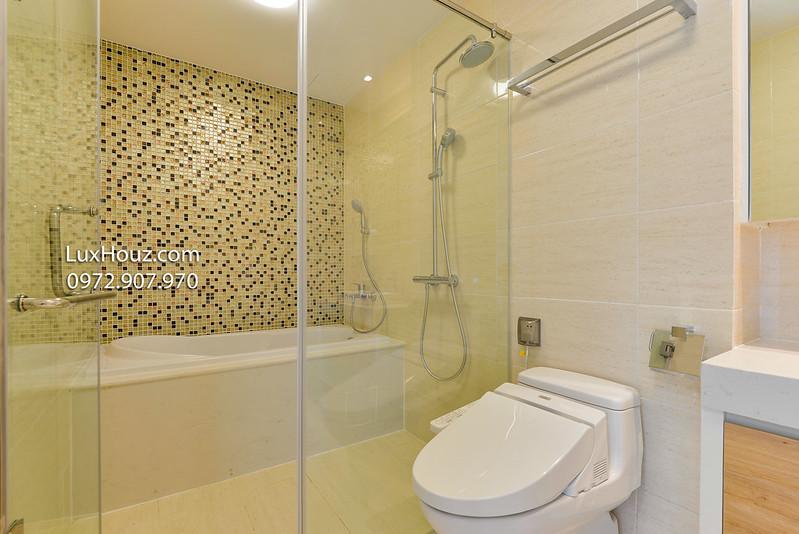 WC đầy đủ thiết bị