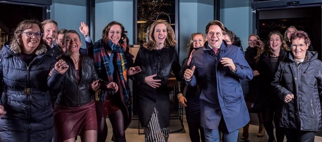 Stormloop tijdens de Happy New Year Sale bij Klein Optiek in Apeldoorn