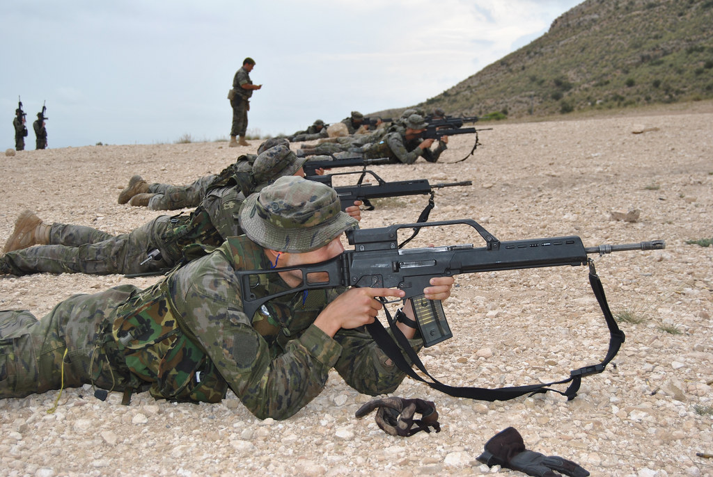 This is how the future 'green berets' of the Spanish Army are trained