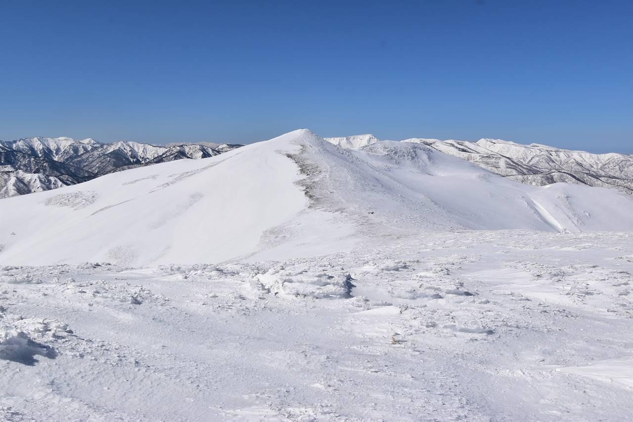 冬の平標山~仙ノ倉山 電車とバスで行く日帰り雪山登山
