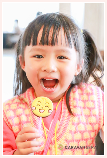 girl with a Anpanman Chocholate
