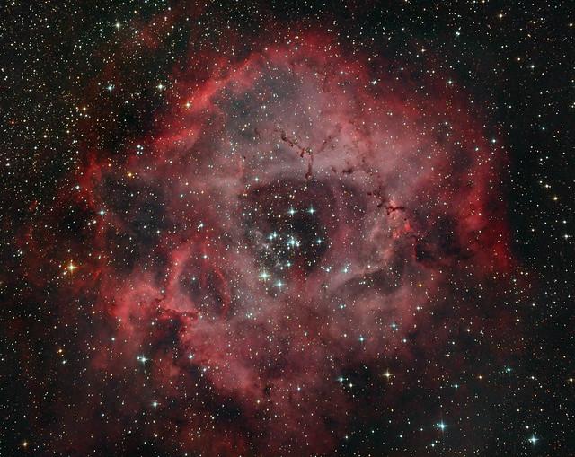 VCSE - NGC 2244 nyílthalmaz és Rozetta-köd -Ágoston Zsolt