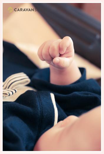 男の子の赤ちゃんのお手て