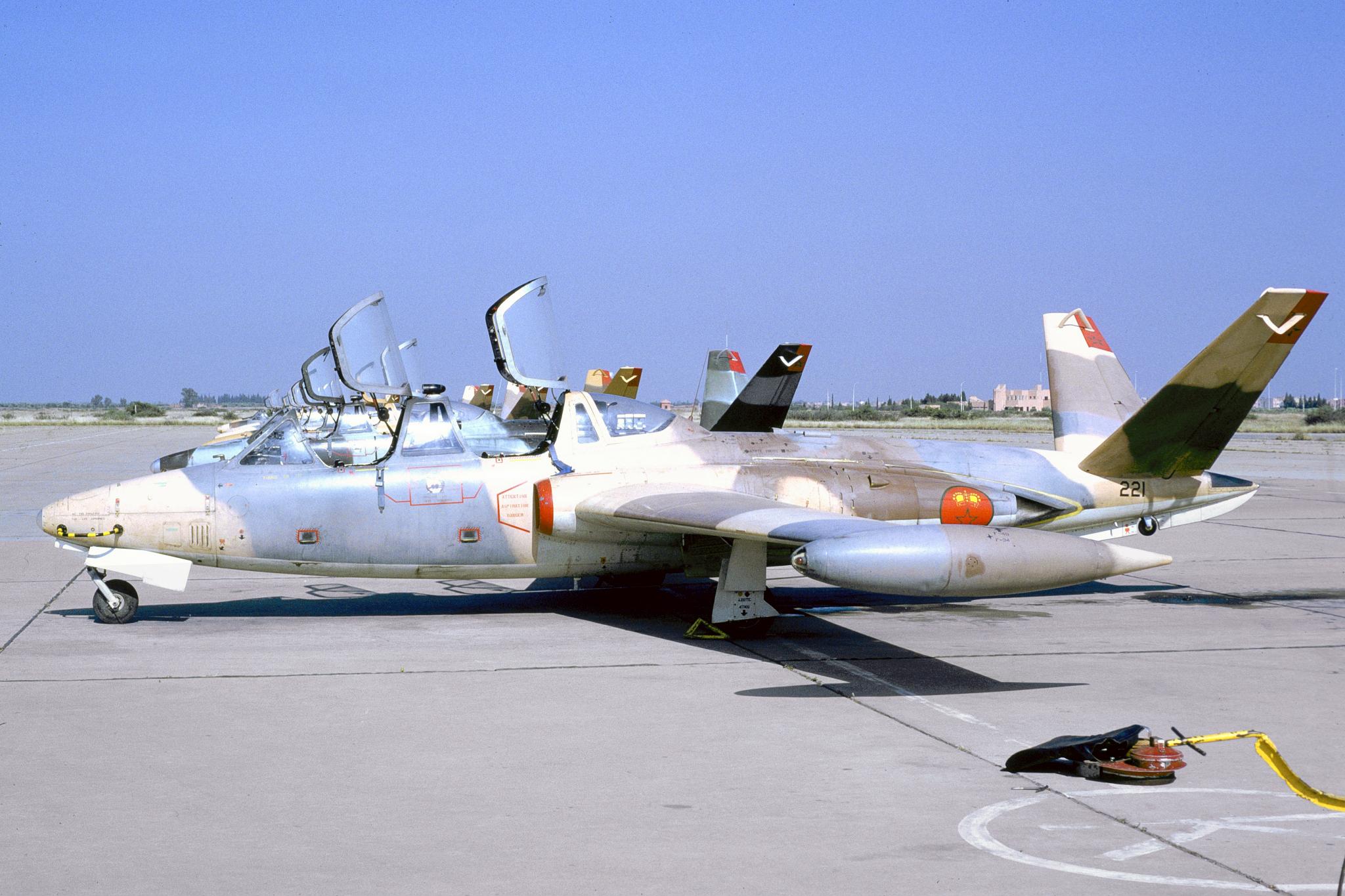 FRA: Photos anciens avions des FRA - Page 13 32094586747_4ceae92c33_o