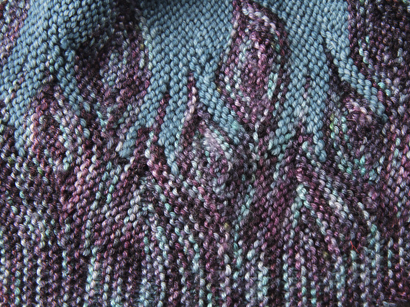 Detail of Azula hat short-row colourwork