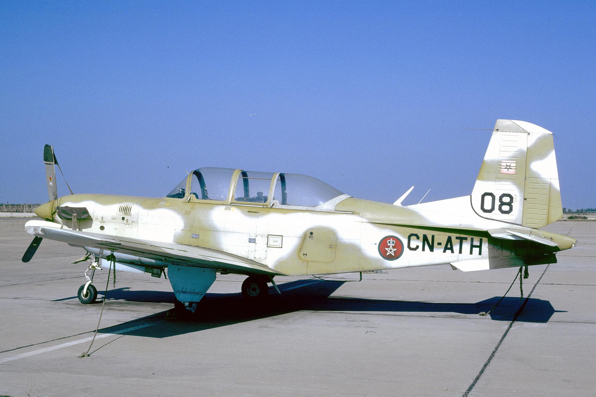 FRA: Photos anciens avions des FRA - Page 12 46140024405_d07113ea66_o