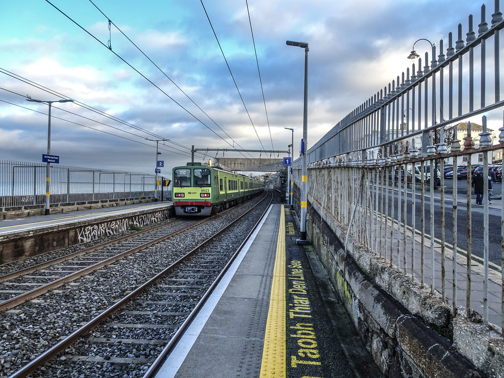 BLACKROCK RAILWAY STATION 002