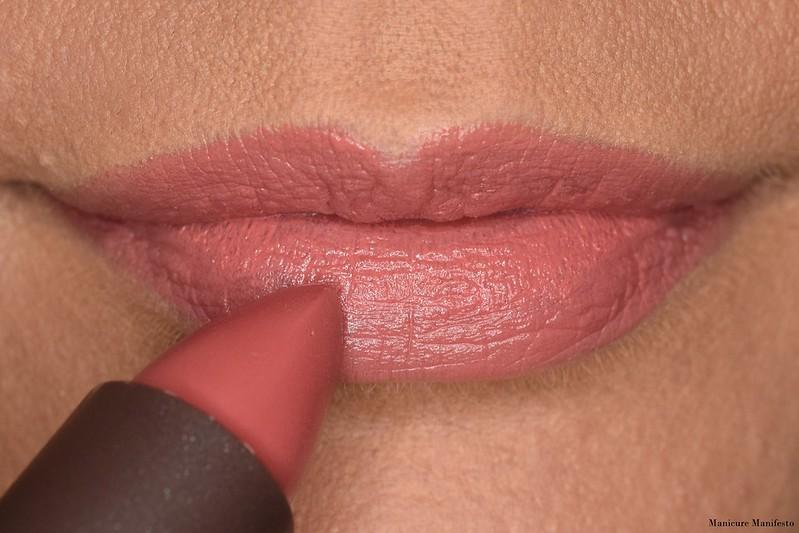 Burt's Bees Lipstick Lily Lake Swatch