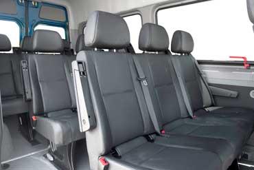 メルセデスベンツ スプリンター (Mercedes-Benz Sprinter) の座席