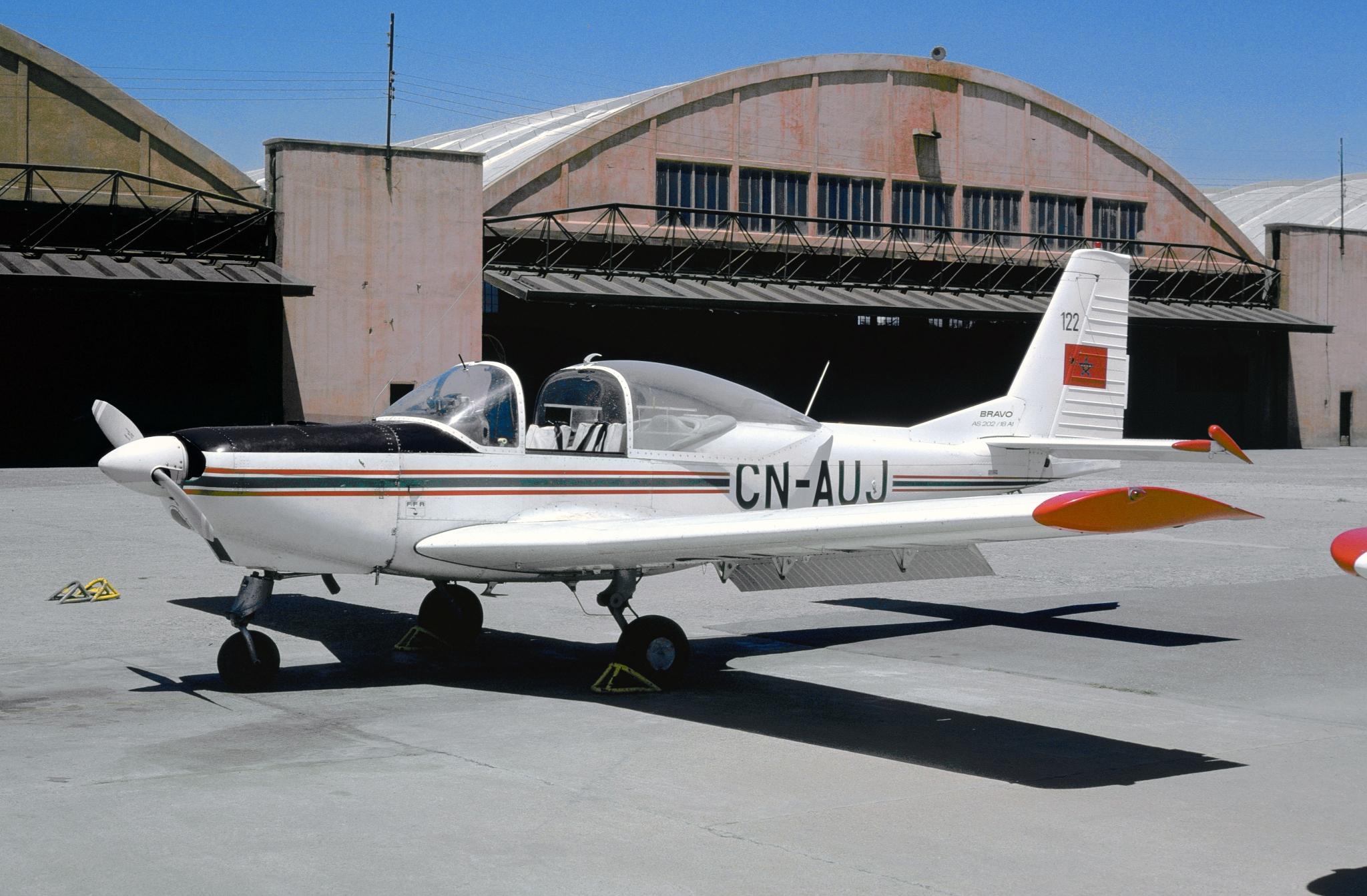 FRA: Photos avions d'entrainement et anti insurrection - Page 9 33146298518_e66a4e7826_o