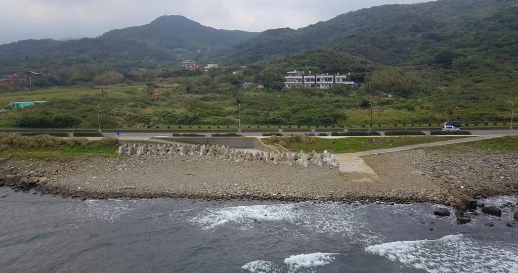 中角漁港碼頭設施移除後現況。