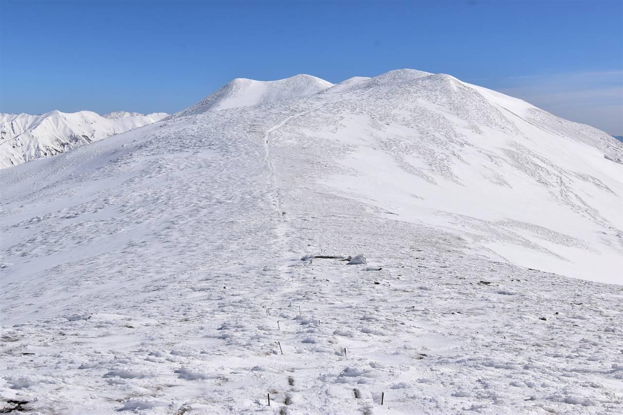 雪の平標山~仙ノ倉山稜線