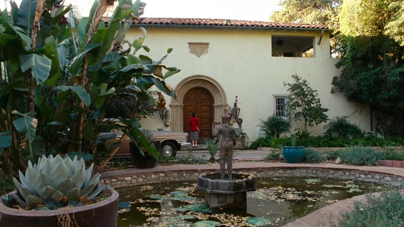 The Hodel manor