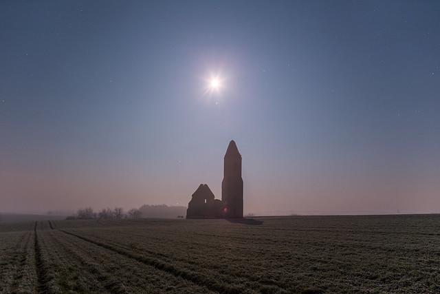 VCSE - Világosság 5 órakor Somogyvámoson - Még kevés csillag látszódik. Oroszlán csillagkép nem látható.