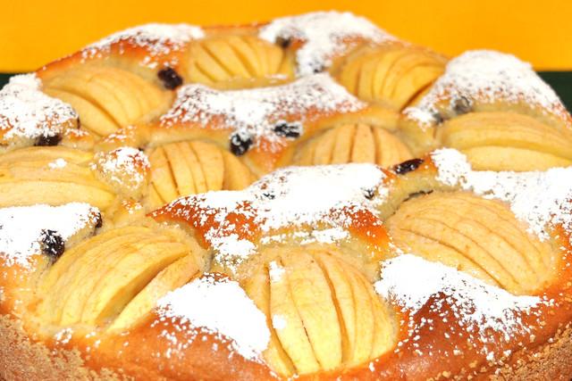 Februar 2019 - Verschlupfter oder Versunkener Apfelkuchen mit Sahne ... Sonntagskuchen ... Rezept ... Fotos: Brigitte Stolle