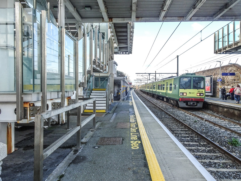 BLACKROCK RAILWAY STATION 003