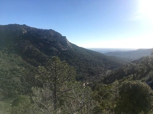 La vallée aval depuis le Chjassu supranu di I Carbunari