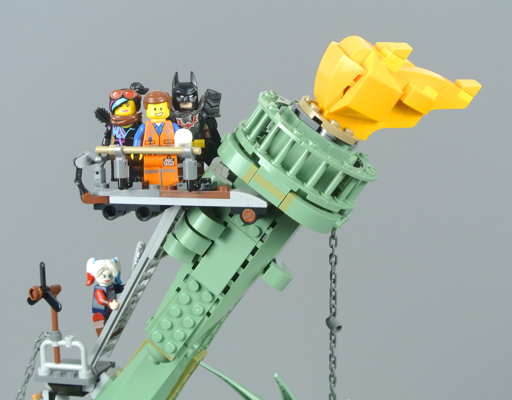 Review 70840 Welcome To Apocalypseburg Part 2 Brickset Lego Set Guide And Database