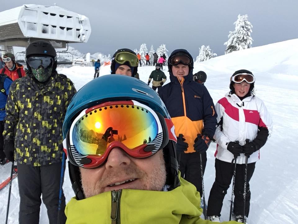Petroc Go Erasmus+ participants skiing