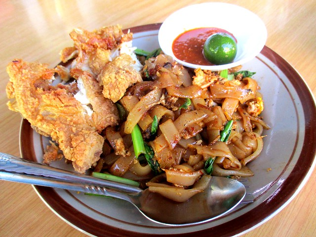 Uncle Lau kway teow goreng