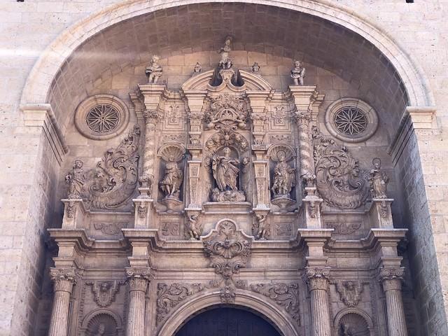Portada de Santa María la Mayor de Calamocha