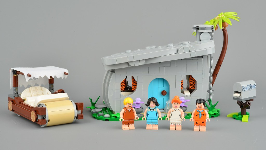 LEGO Ideas 21316 The Flintstones review | Brickset: LEGO set