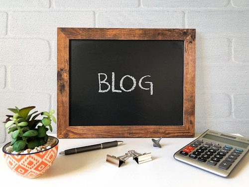 How to create a blog in Magento