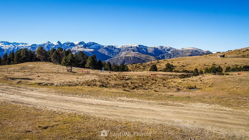 Pista de esquí sin nieve en Plateau de Beille